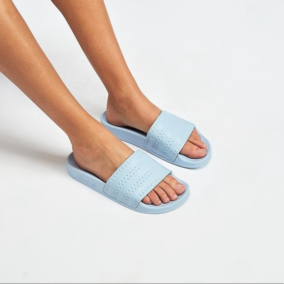 0c2d4682c7bc23 ADIDAS ADILETTE Women Sky Blue Striped Slide Sanda